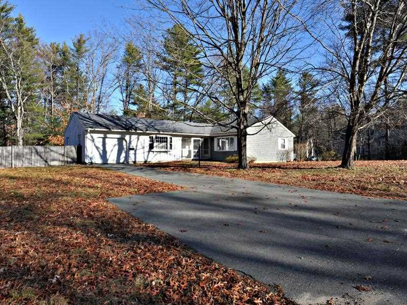 Plaistow NH Home for sale $List Price is $279,900