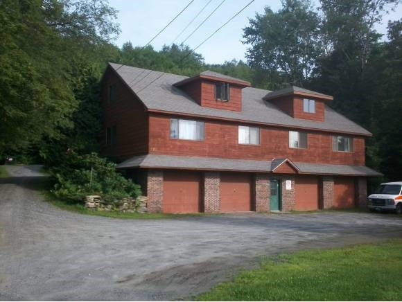 Income producing commercial/residential flex...