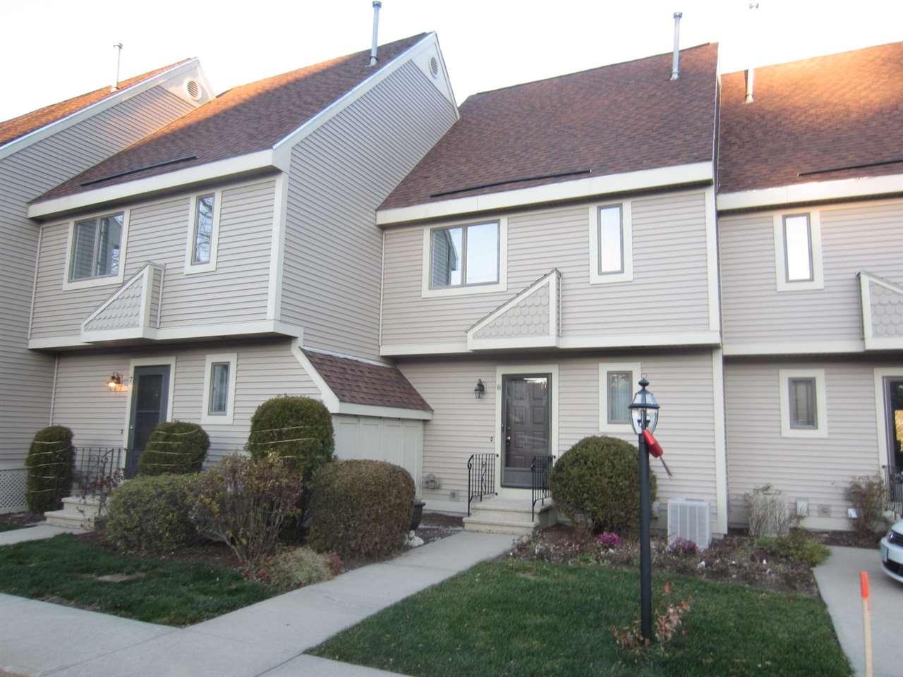 Manchester NH Condo for sale $List Price is $254,900