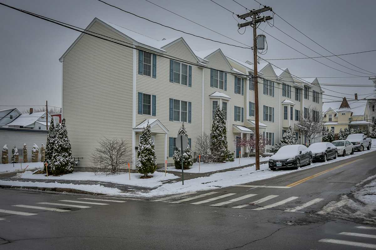 Manchester NH Condo for sale $List Price is $147,900