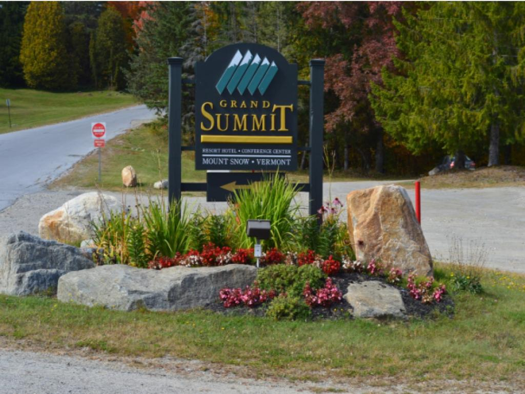 331 - 4 89 Grand Summit Way, Dover, VT 05356