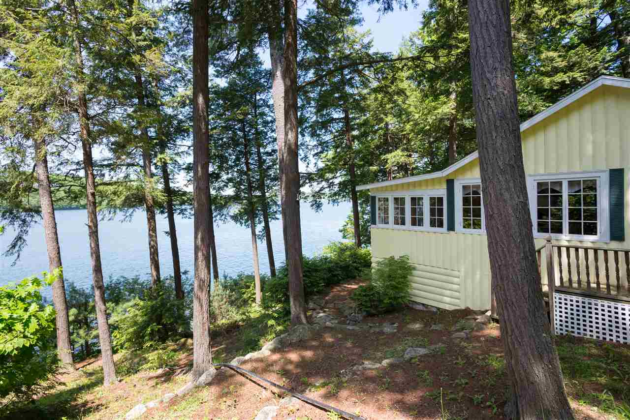 MEREDITH NH  Home for sale $650,000