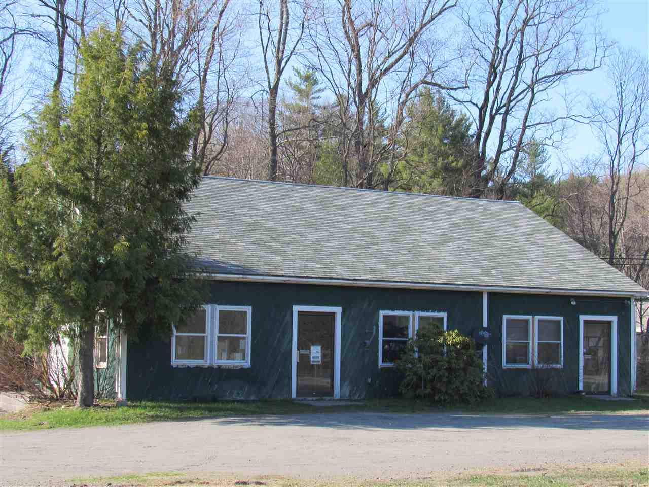Woodstock VT commercial property $289,000