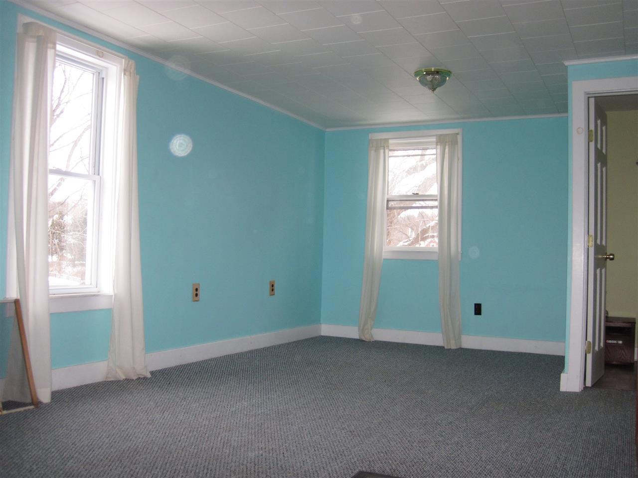 Vermont-Real-Estate-4611920-16