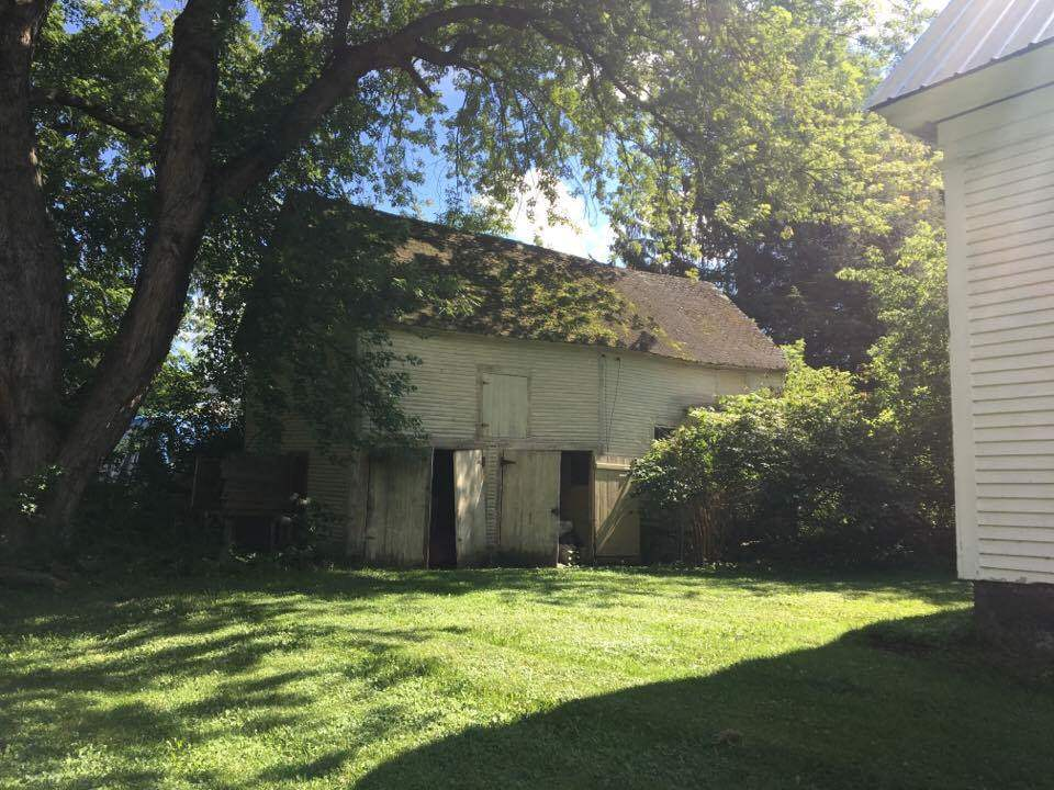 Vermont-Real-Estate-4611920-21