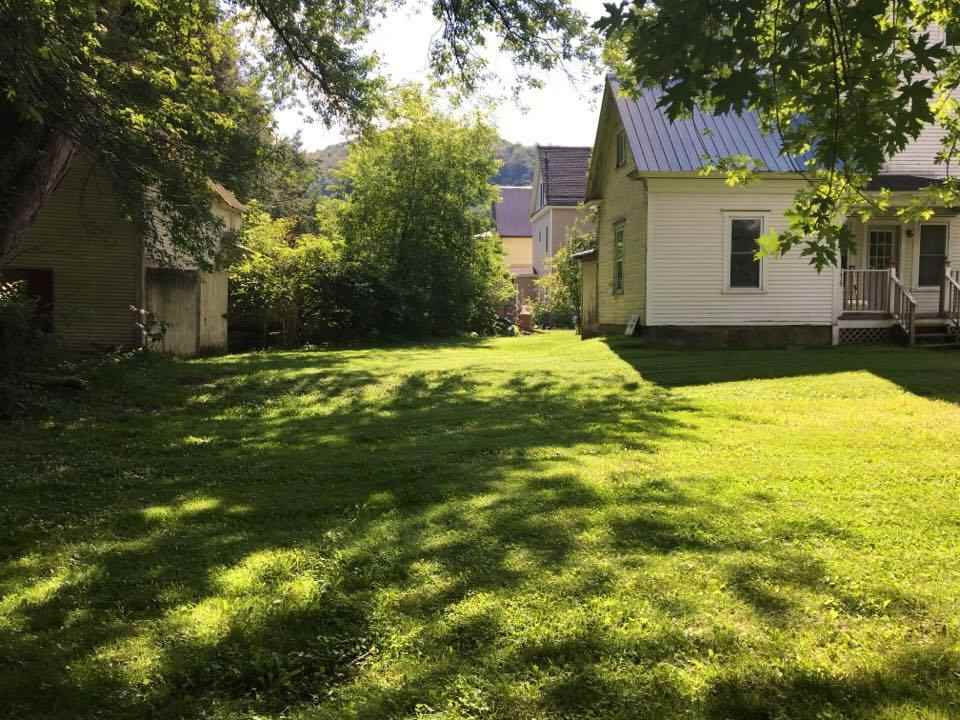 Vermont-Real-Estate-4611920-22