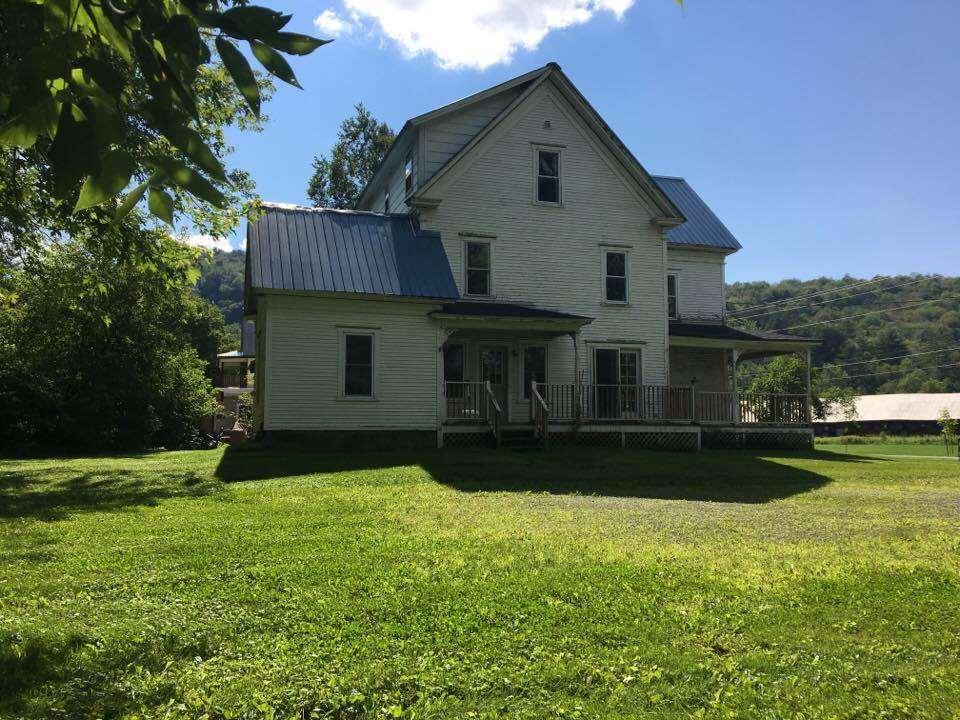 Vermont-Real-Estate-4611920-23