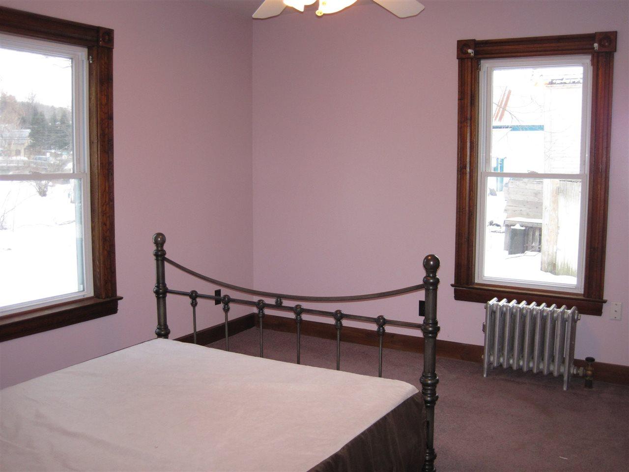 Vermont-Real-Estate-4611920-5