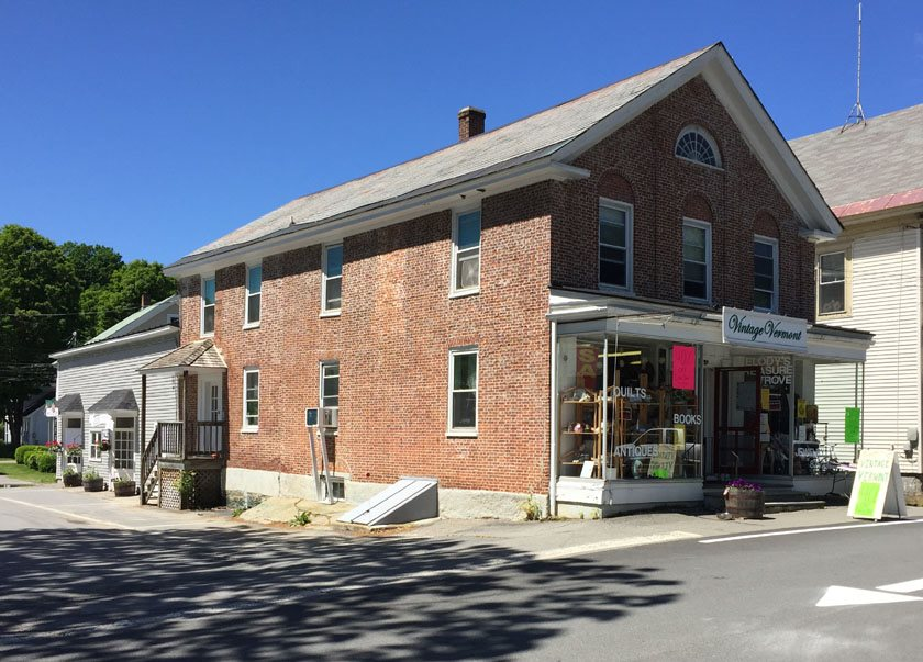 22 The Common, Chester, VT 05143