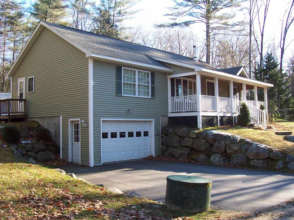 BRIDGEWATER NH  Home for sale $219,900