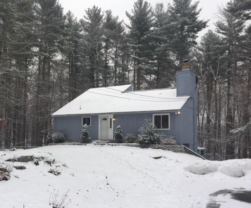 ATKINSON NH Home for sale $$299,900 | $161 per sq.ft.