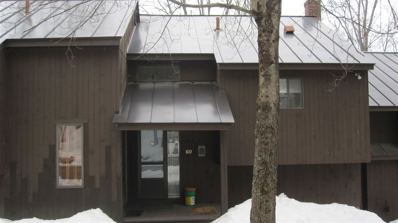 VILLAGE OF QUECHEE IN TOWN OF HARTFORD VT Condo for sale $$89,000 | $153 per sq.ft.