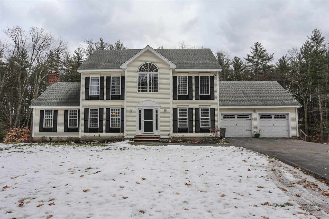 Chester NHHome for sale $List Price is $385,000