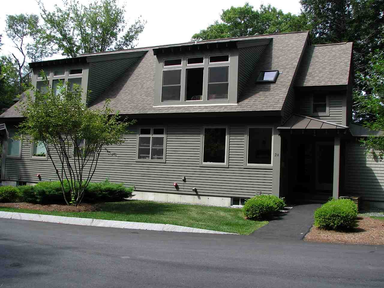 VILLAGE OF QUECHEE IN TOWN OF HARTFORD VT Condo for sale $$349,500 | $181 per sq.ft.