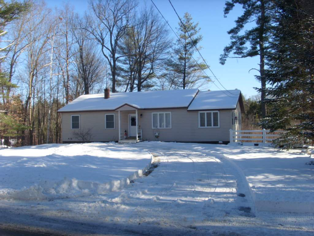 BOSCAWEN NH Home for sale $$249,000 | $177 per sq.ft.