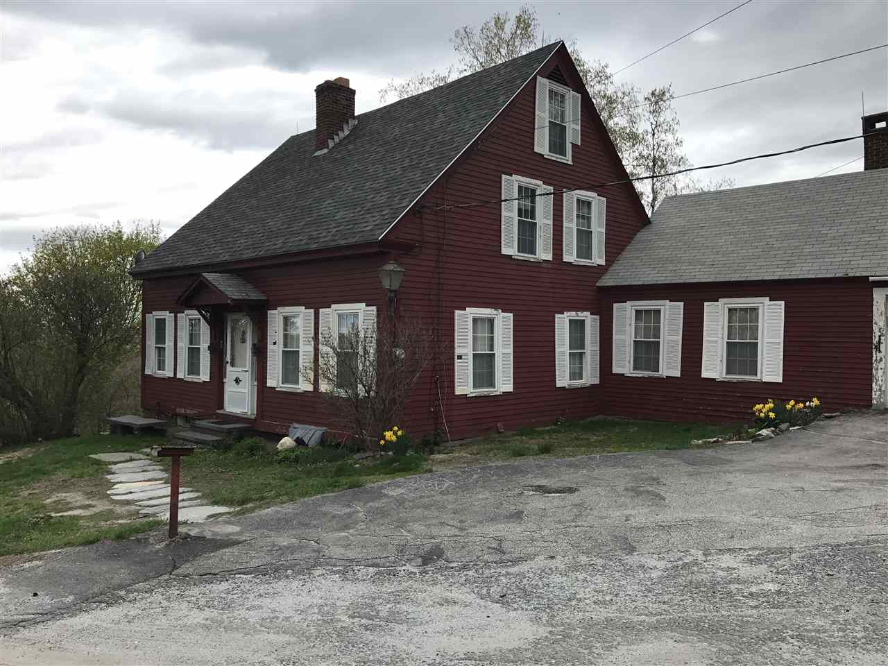 82 White Hill Road, Claremont, NH 03743