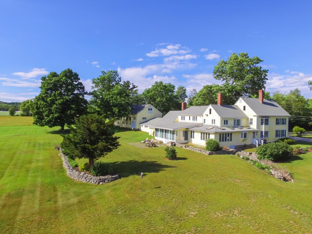 52 Chestnut Hill Road, Amherst, NH 03031