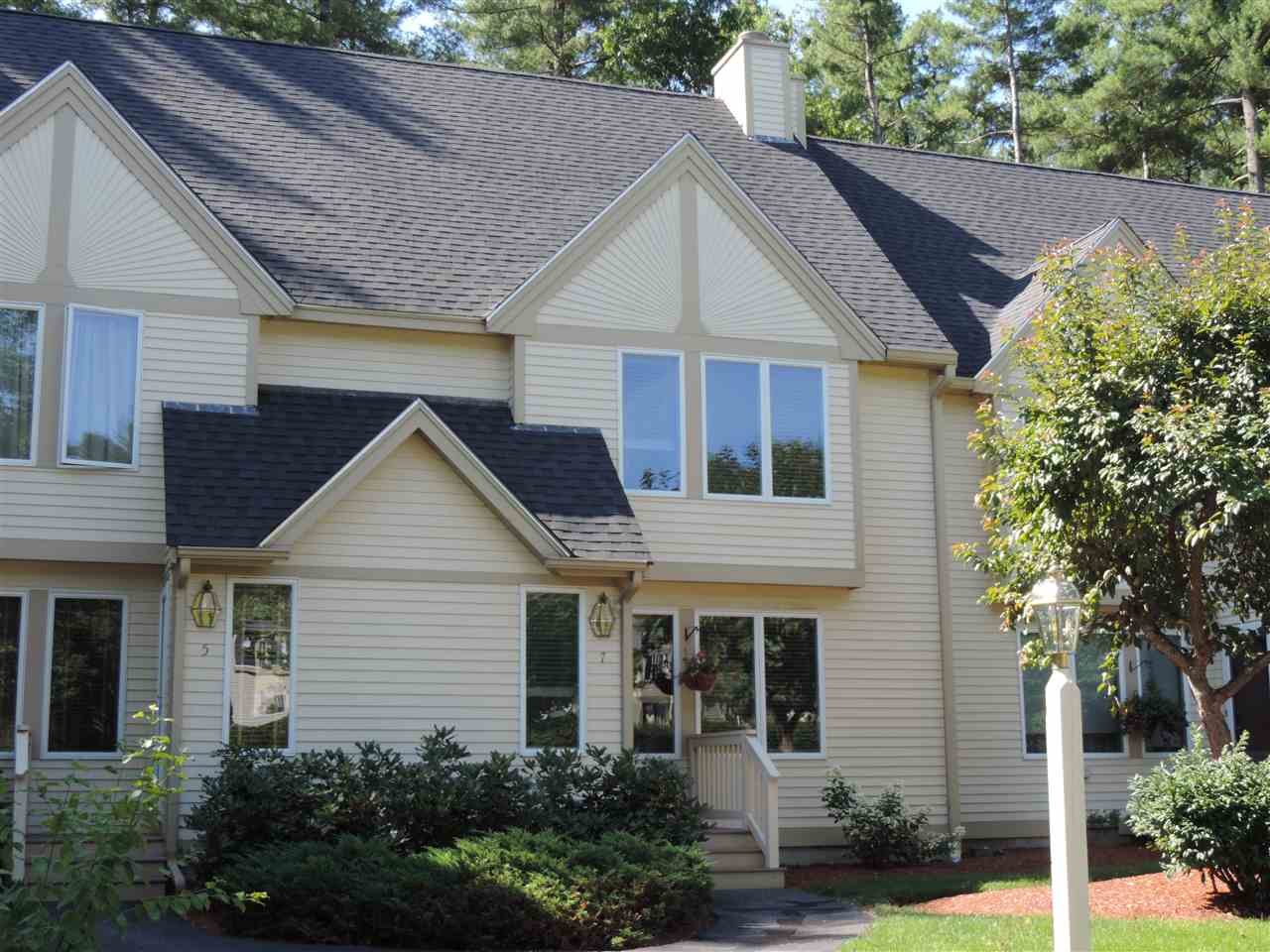 Nashua NH Condo for sale $List Price is $235,000