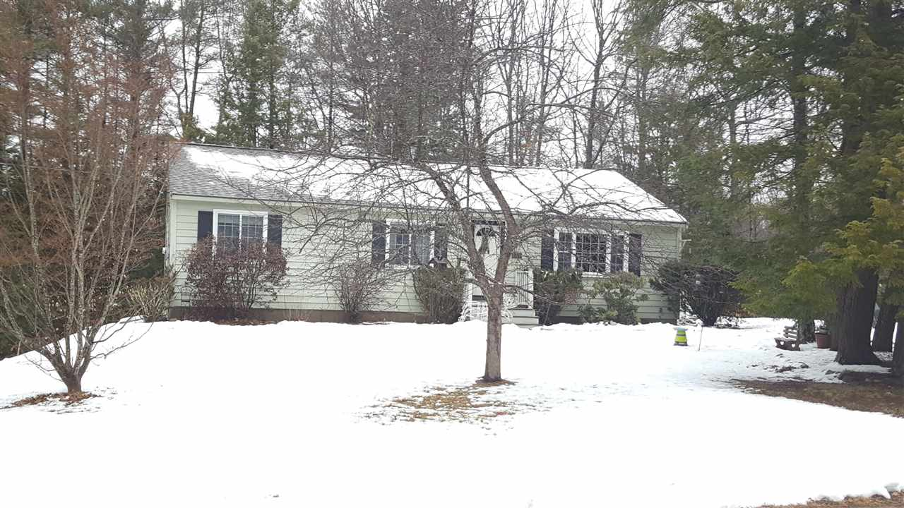 Chester NHHome for sale $List Price is $265,000