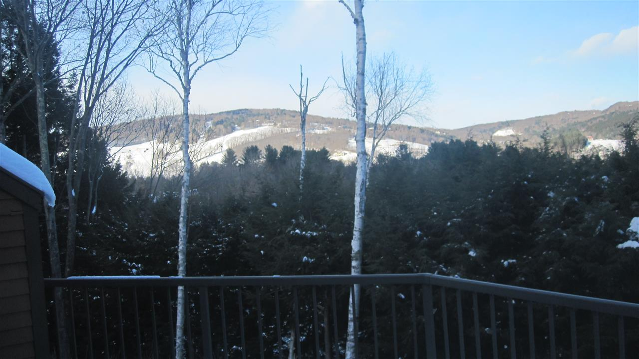 VILLAGE OF QUECHEE VT IN TOWN OF HARTFORD VT Condo for sale $$299,000 | $117 per sq.ft.