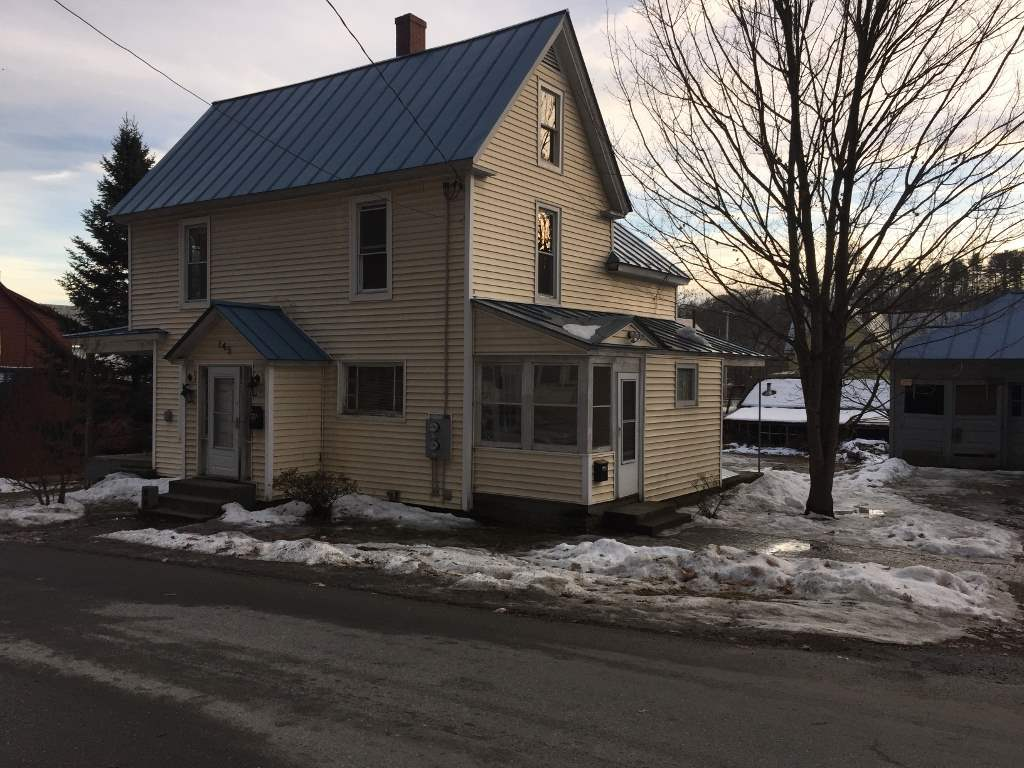 VILLAGE OF WHITE RIVER JUNCTION VT IN TOWN OF HARTFORD VT Apartment for rent $Apartment For Lease: $1,000 with Lease Term