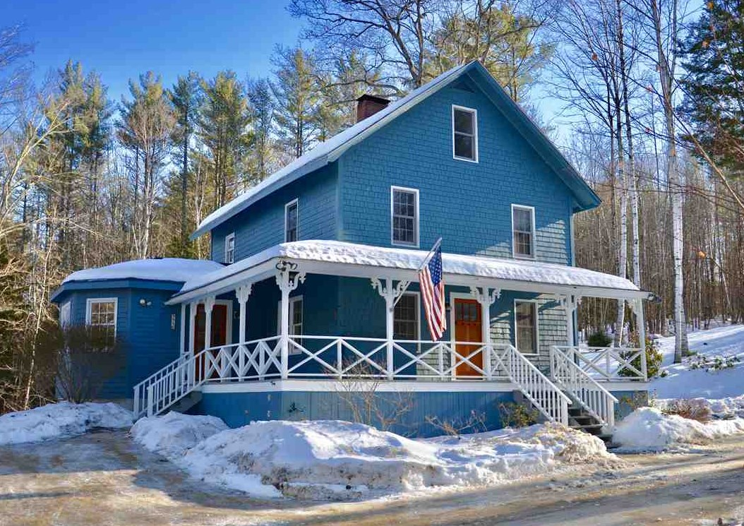 CENTER HARBOR NH  Home for sale $289,500