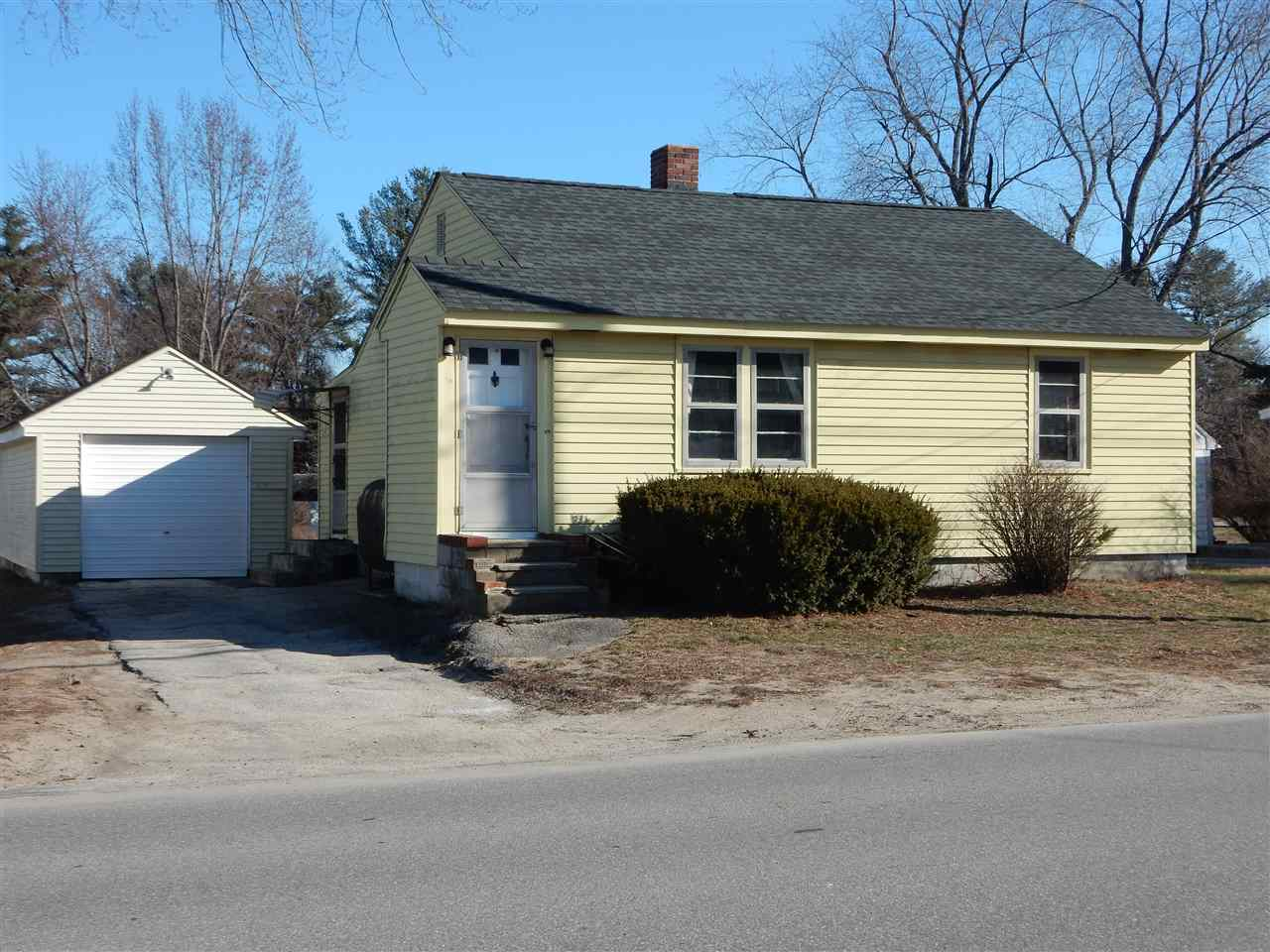 Derry NHHome for sale $List Price is $139,900