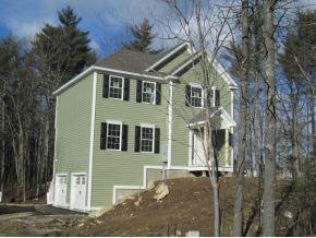 Chester NHHome for sale $List Price is $345,500