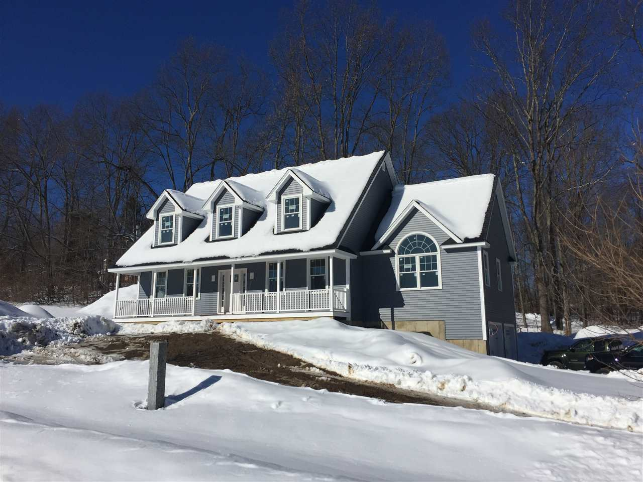 Epping NH Home