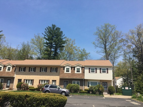 Manchester NH Condo for sale $List Price is $116,500