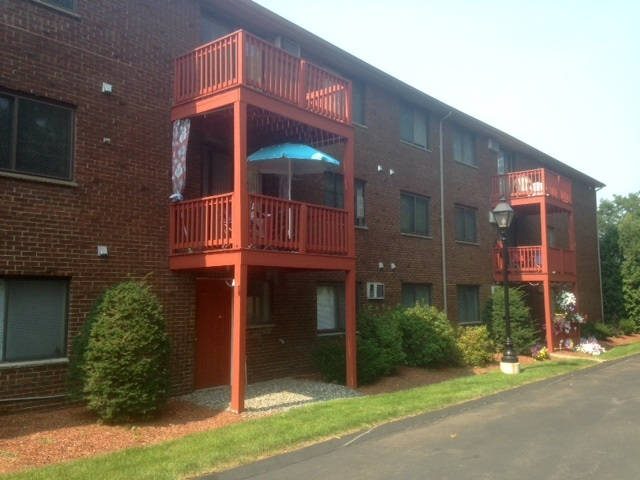 MILFORD NH Apartment for rent $Apartment For Lease: $1,189 with Lease Term