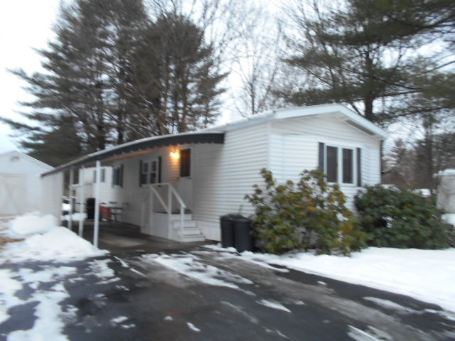 CLAREMONT NH Mobile-Manufacured Home for sale $$33,900 | $36 per sq.ft.