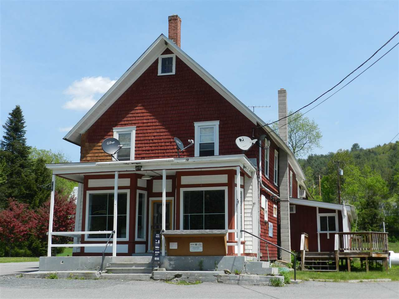 HARTFORD VT Home for sale $$357,000 | $90 per sq.ft.