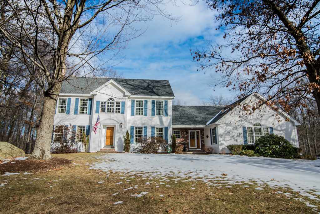 ATKINSON NH Home for sale $$599,000 | $152 per sq.ft.