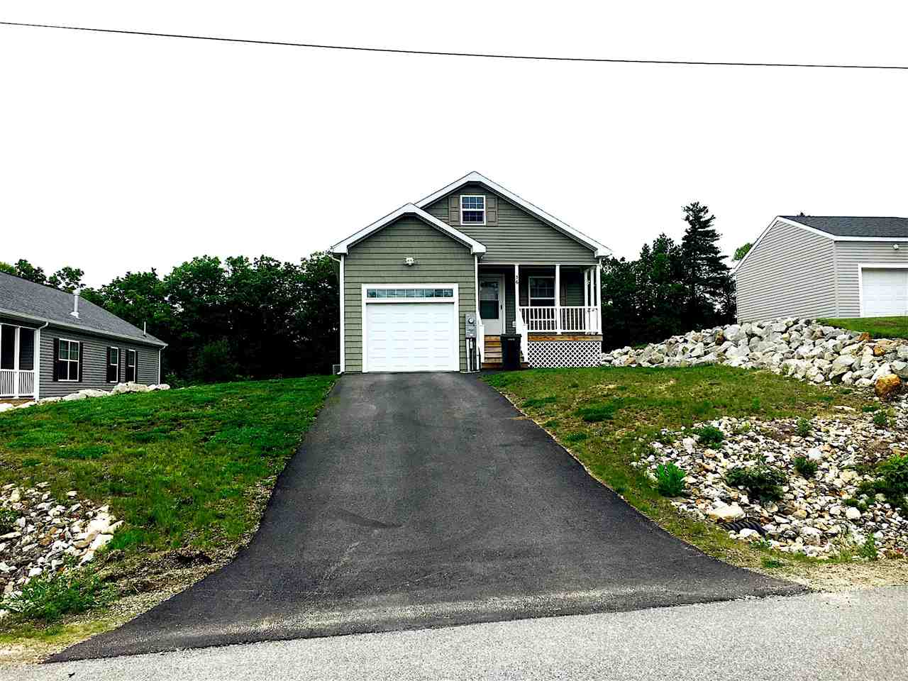 Fremont NH Mobile-Manufacured Home for sale $List Price is $177,900