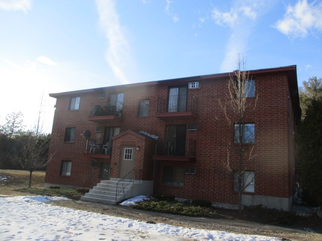Manchester NH Condo for sale $List Price is $40,900