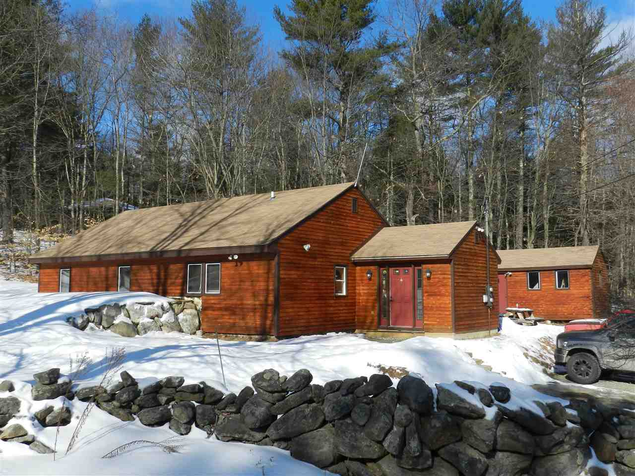 DEERFIELD NH Home for sale $$176,000 | $140 per sq.ft.