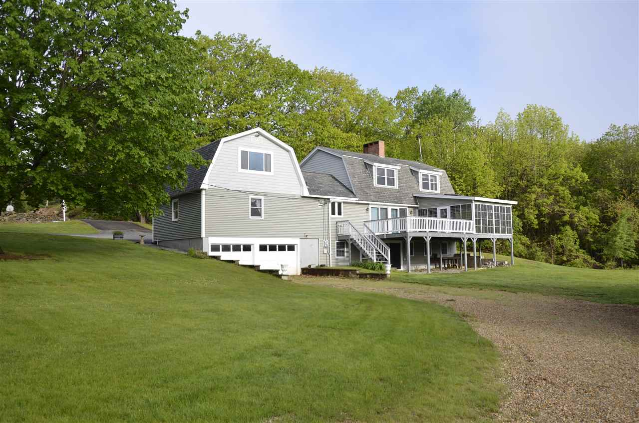 DEERFIELD NH Home for sale $$389,000 | $153 per sq.ft.