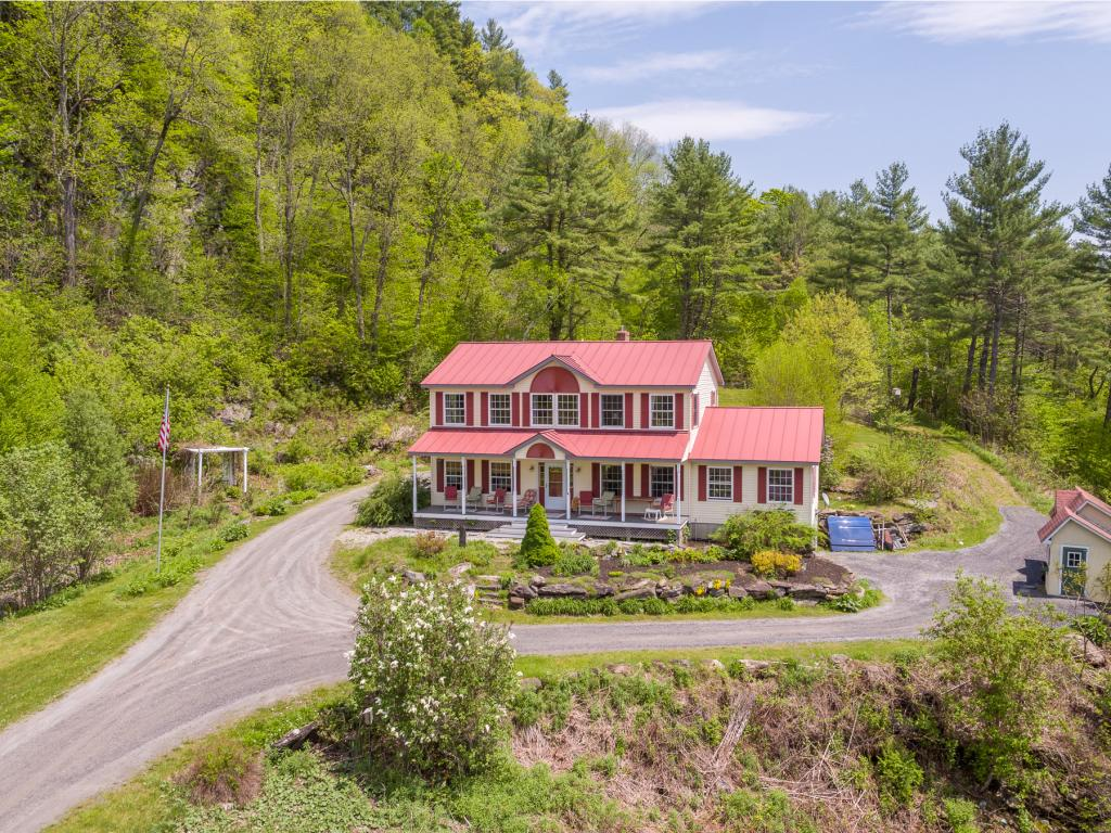 SHARON VT Home for sale $$359,000 | $141 per sq.ft.