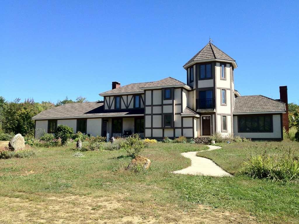 BOSCAWEN NHHome for sale $$995,000 | $269 per sq.ft.