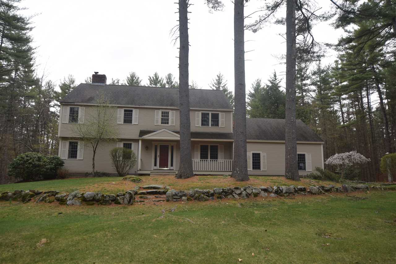 Hollis NH Home for sale $List Price is $382,900
