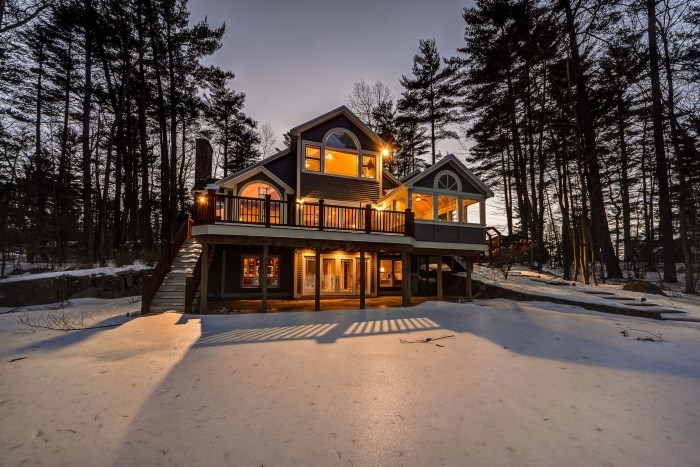 Moultonborough NH Home mls no. 4617696 with 180 ft. owned waterfront