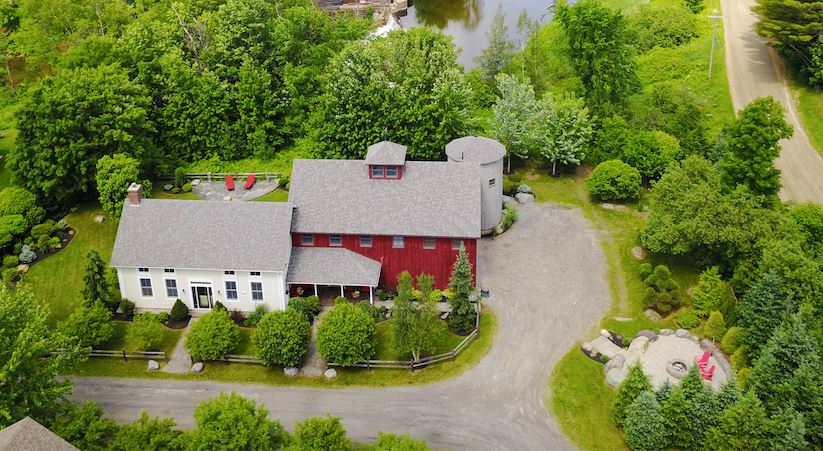81 Smith Falls Lane, Stowe, VT 05672