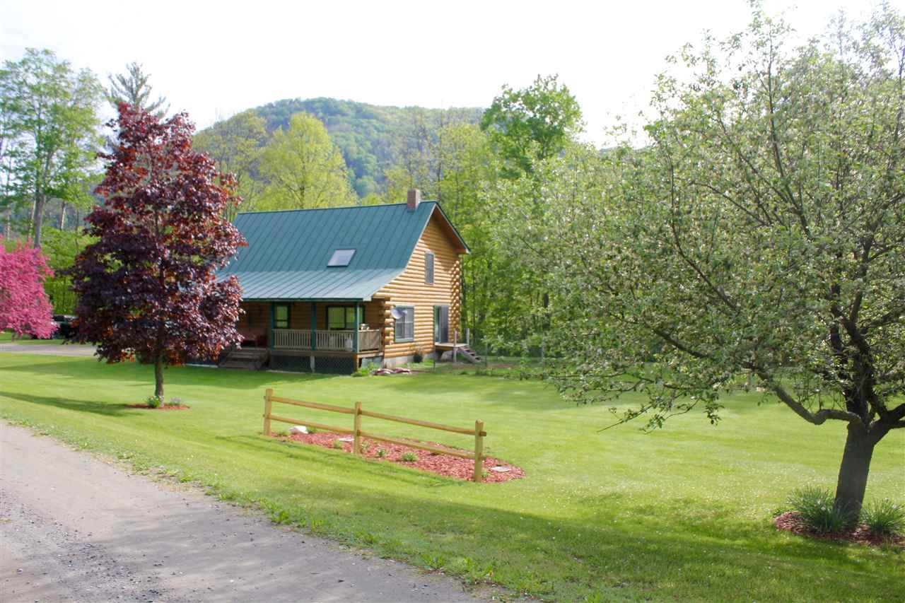 Tunbridge VT Home for sale $List Price is $219,000
