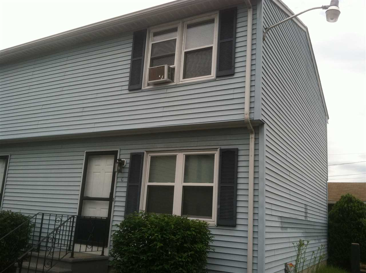 Manchester NH Condo for sale $List Price is $117,900