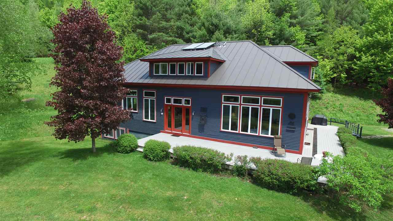 SHARON VT Home for sale $$465,000 | $140 per sq.ft.