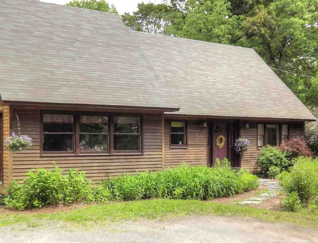 THETFORD VT Home for sale $$325,000 | $161 per sq.ft.