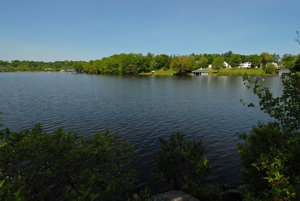 Wolfeboro NH Land mls no. 4618679 with 2276 ft. Owned waterfront