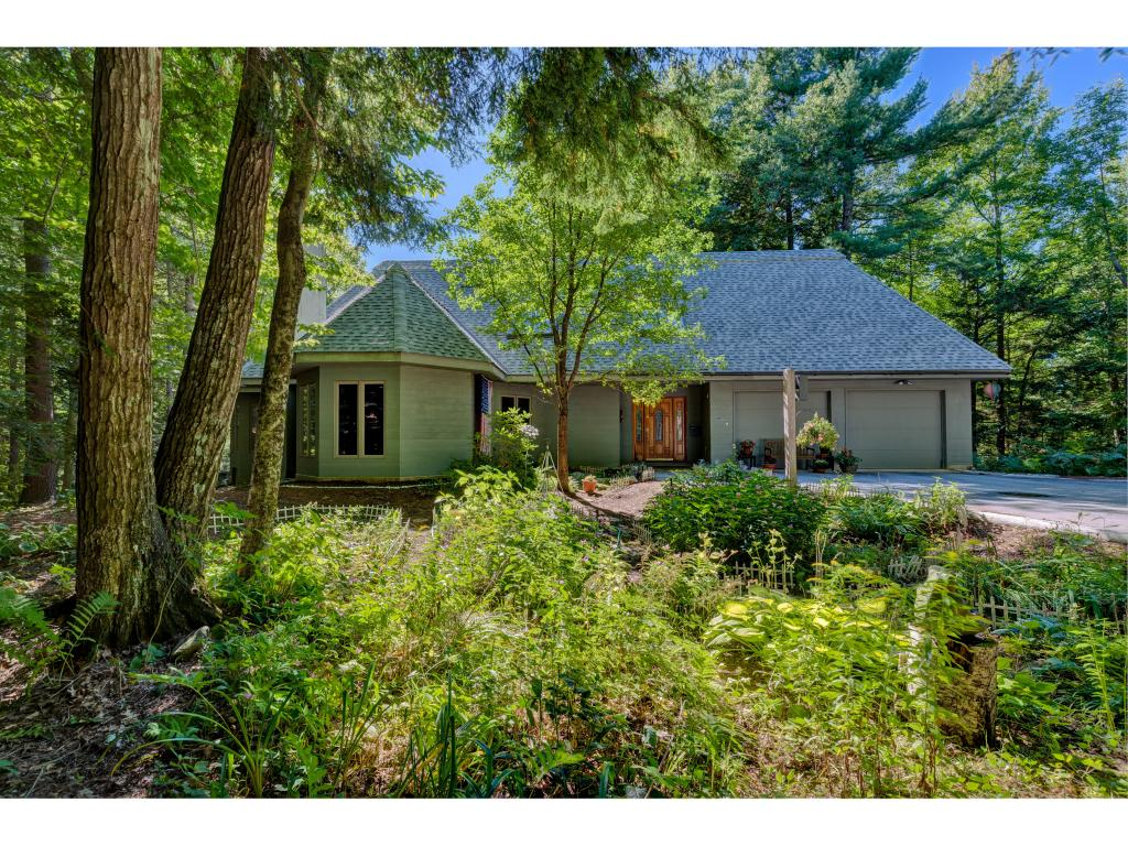 Sunapee NH 03782 Home for sale $List Price is $549,000