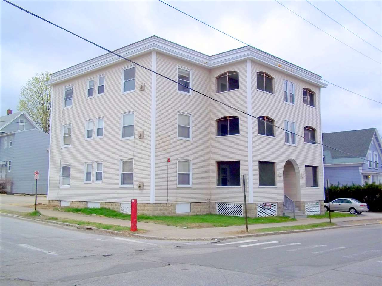 image of Manchester NH  12 Unit Multi Family | sq.ft. 10666